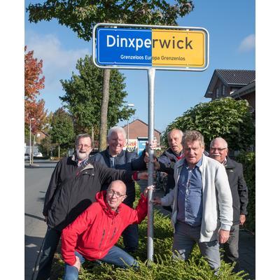 2017 wurde das neue Orstschild Dinxperwick an der Sporker Straße aufgestellt