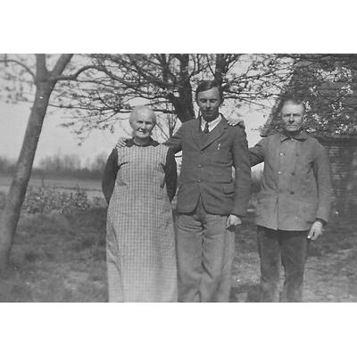 Julius Töpfer met Johann Eggink en Berendina Eggink-Jansen